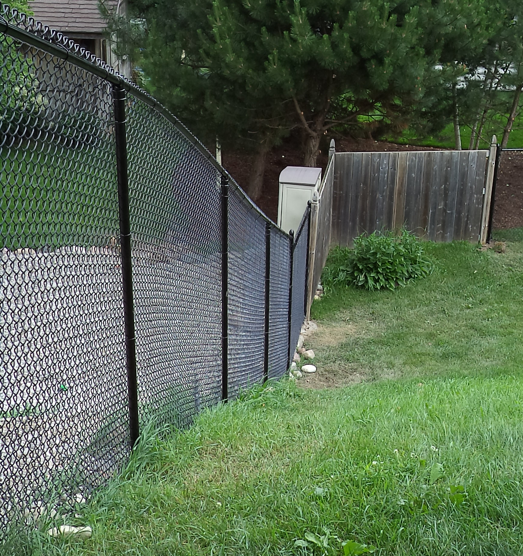 Chain Link Fencing Companies • Quality Work | Premier Fencing