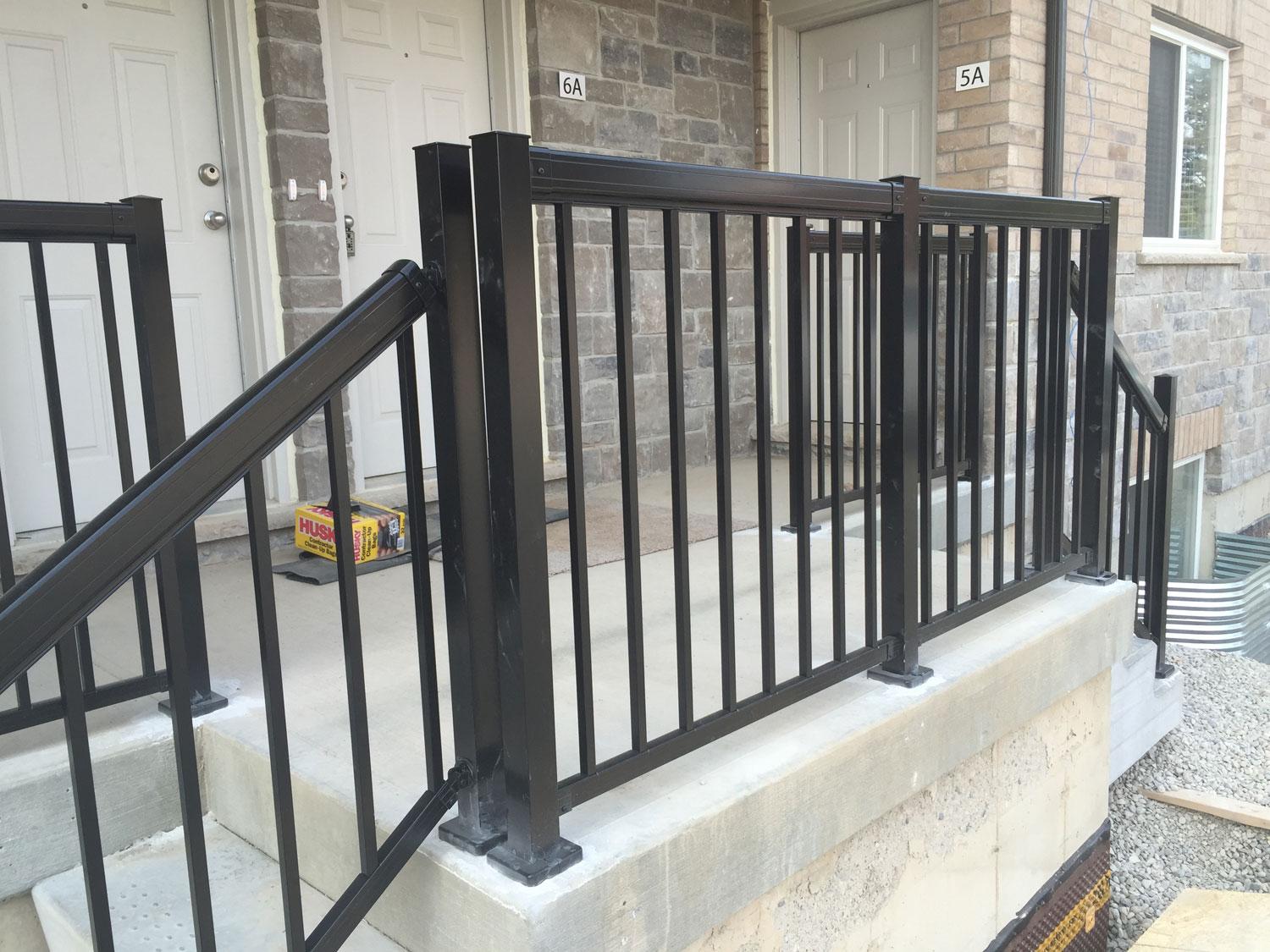 Premier Fencing   Aluminum Railing Installers · Deck Railing